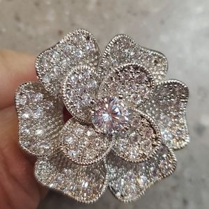 Gorgeous oversized flower cocktail ring size 7-7.5